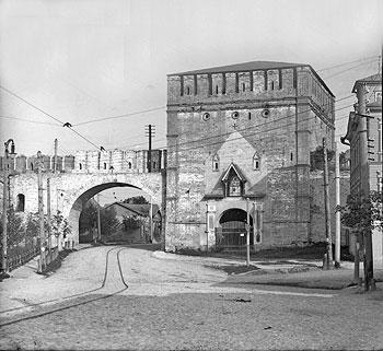 Никольские ворота в Смоленске